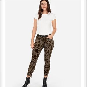Express Leopard Ankle Jeans Mid Rise 2 NWT